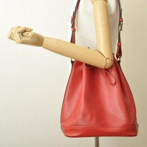 LOUIS VUITTON NOE Epi Leather Vintage Shoulder Bag
